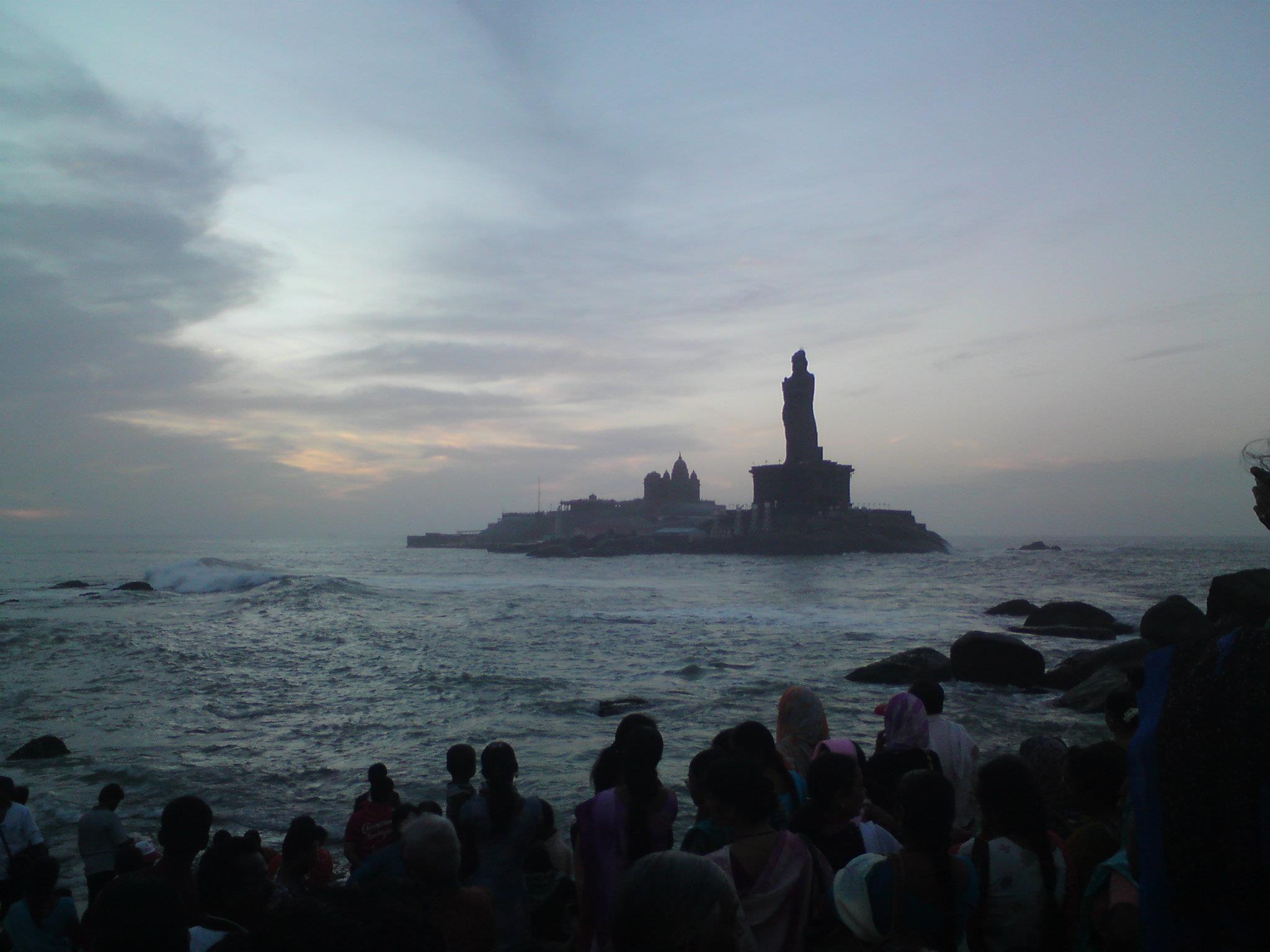 Kanyakumari Thiruvalluvar Statue
